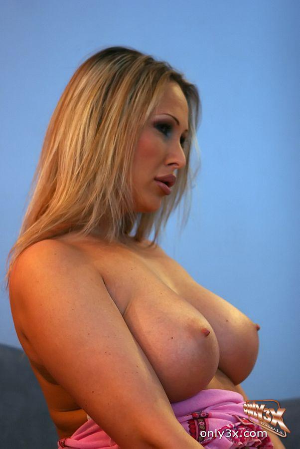 Mandy Bright Porno